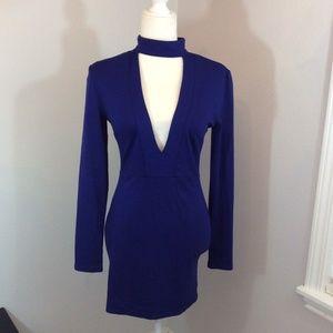 WINDSOR Blue Choker Low Front Long Sleeve Dress