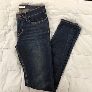 Levi's 710 Super Skinny Jean 27