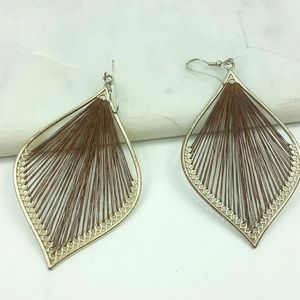 Earings drop string woven leaf