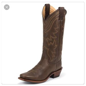 Justin, Ladies Brown Leather Cowboy Boots!