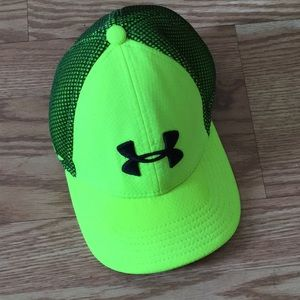 Under amour youth hat