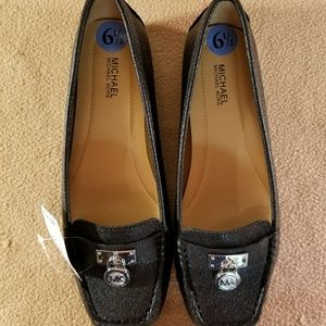New MMK'S Black Leather/Silver Accented Flats