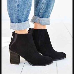 Ecote Short Suede Boot Urban Outfitters