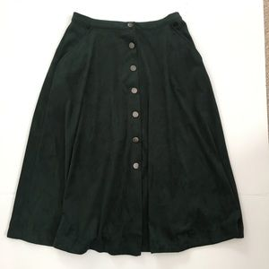 NY Collection green button skirt