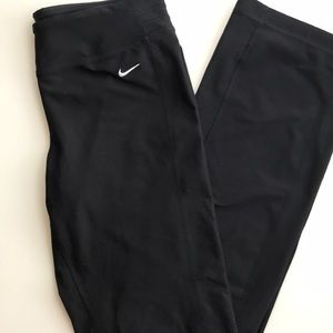 LIKE NEW Nike dry fit workout pants; yoga, running