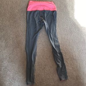 Reversible Lululemon Wunder Under Pant 8
