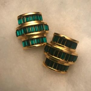 Emerald green & gold earrings