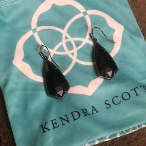 Kendra Scott Black Carla drop earrings