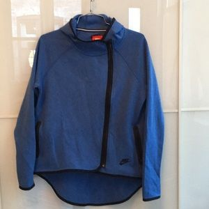 Nike tech fleece butterfly cape hoodie S