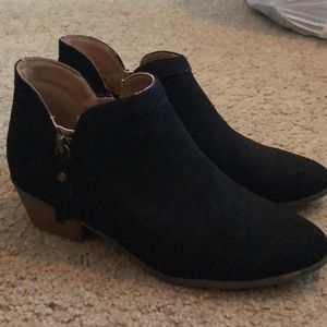Black booties size 8.5