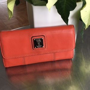 Tignanello /Large/ Leather/ Wallet/
