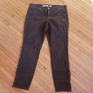 Pilcro and the Letterpress Olive Pants Size 6 8/10
