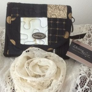 NWT Donna Sharp Quilted Small Wallet