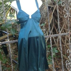 Tahari very sexy Emerald halter dress medium
