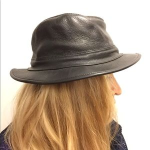 Armani Exchange black leather hat