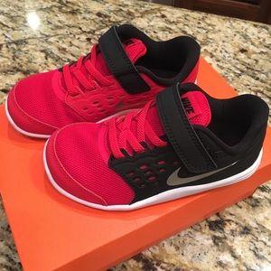 NIB Nike Shoes