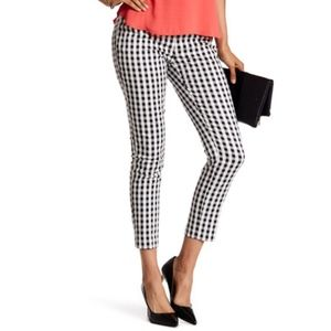 AMANDA + CHELSEA BLACK & WHITE GINGHAM ANKLE PANTS