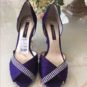 Nina Homecoming Prom dress heel 9.5 purple satin