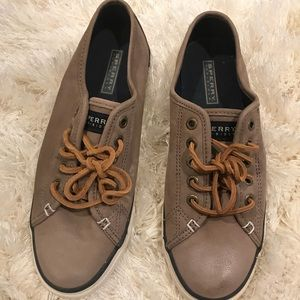 Women's tan/brown Sperry Top Siders size 8.5