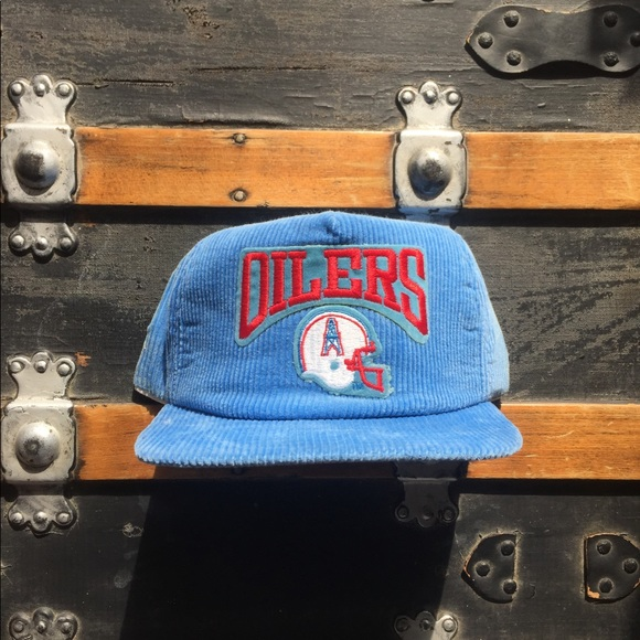35f6878bdeb Vintage Houston Oilers Snapback Hat. M 5a31806bd14d7b687201999c