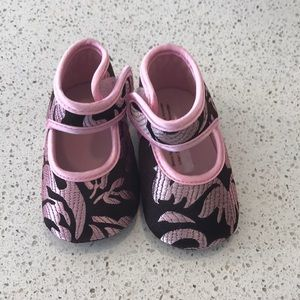 Other - NWOT Boutique Infant booties