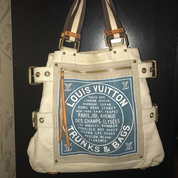 3a7323b73d6 Louis Vuitton Handbags - Louis Vuitton Globe Shopper Cabas MM tote