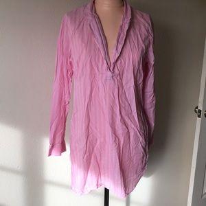 Beautiful Victoria Secret pajamas 😍💞