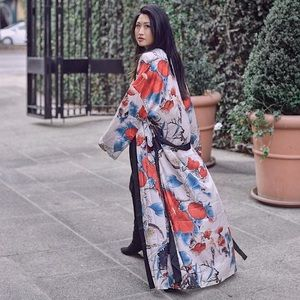 Jackets & Blazers - Gorgeous Satin-Like Japanese Art Maxi Robe OS
