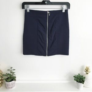 Zipper Mini Skirt in Navy