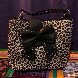 Cheetah bow Betsey Johnson purse