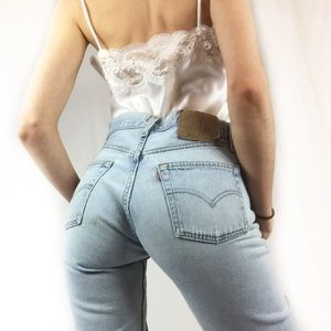 🌸Vtg 501 Light Wash Distressed Levis 28🌸