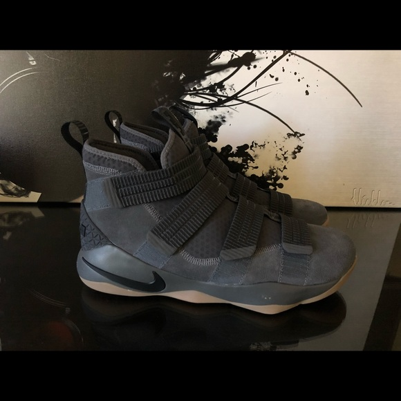 bccff11cb93a MENS NIKE LEBRON SOLDIER XI 11 SFG