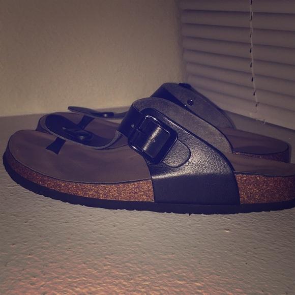 25b8eeba12a07 Madden Girl Shoes - Women s Black Boise Footbed Thong Sandals