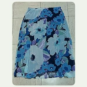 croft & barrow Skirts - Croft & Barrow Floral Print Skirt Size 10
