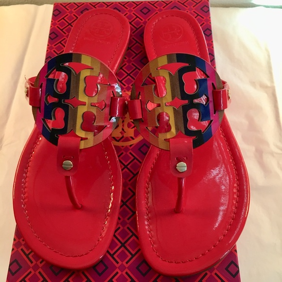 cdab076120909 Brand new Tory Burch patent miller sandal size 9.5