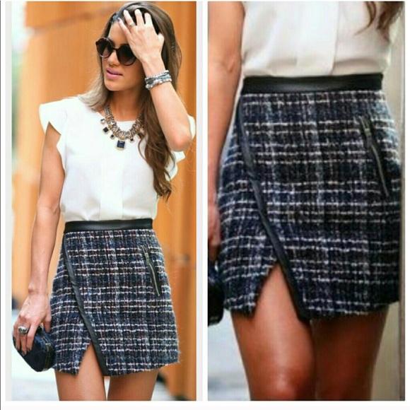 ea2db01f SALE Zara tweed mini skirt. M_5a31cc312fd0b7a34c0000e4