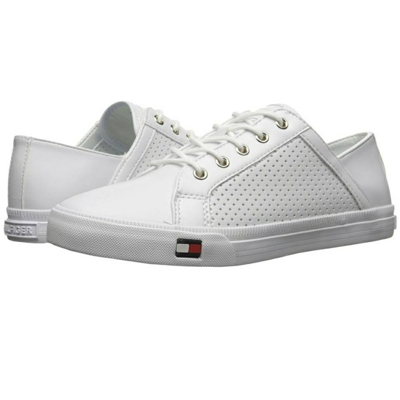 c431d6500 Women s Tommy Hilfiger Sneakers. M 5a31cd823c6f9f126c000d0e