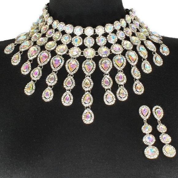 0438025c8aa9c Crystal Bib Teardrop Necklace Set/ Silver AB Boutique