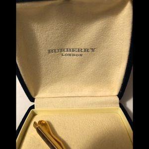 449a0fa8cc6e ... reduced burberry accessories burberry of london designer tie clip 433f0  45a95 ...