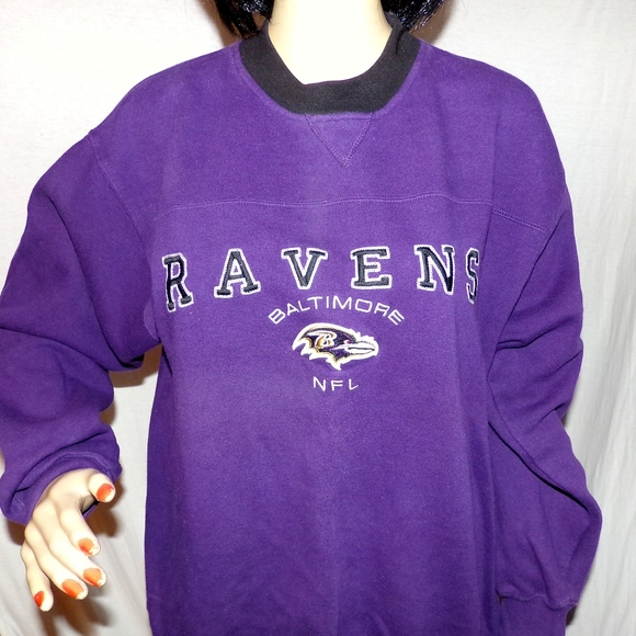 reputable site 65b00 0e59d Baltimore Ravens Sweatshirt Embroidered NFL M