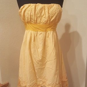Dresses & Skirts - Yellow Gingham print strapless sun dress