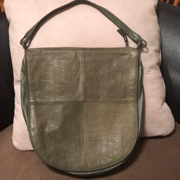 53e2a95d49 Bottega Veneta Handbags - Authentic Vintage Bottega Veneta Bag