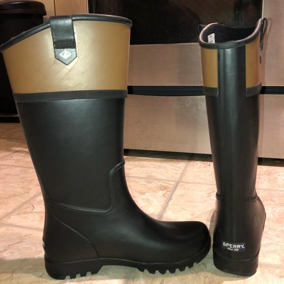 0b97fba0fa9 Sperry Nellie Kate rain boot   winter boot. M 5a31ed924127d01b8700a13d