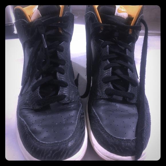 Nike Shoes | Euc Womens Black Leather