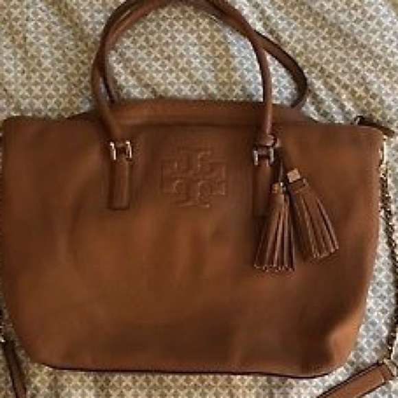 7834871c1ab18 Mint🎄tory burch Thea slouchy bag bark color. M 5a3282bc68027807f1020161