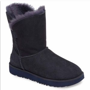 Brand new classic cuff short navy UGG boots