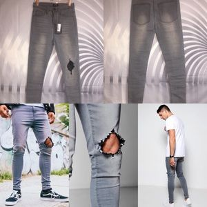 Other - Spray On Skinny Jeans with Diamond Knee Rip