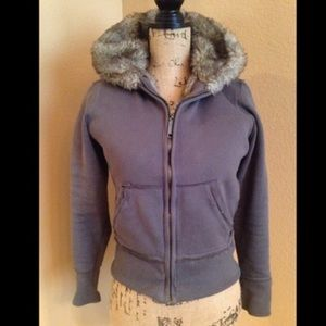 Blu Chic Faux Fur Hoodie Sweatshirt  sz Medium