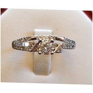 Jewelry - Genuine 1.4ct White Sapphire Ring Size 10