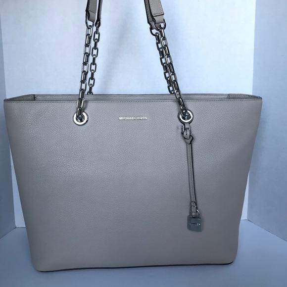 81a709233b2aaf Michael Kors Bags | Mercer Medium Chainlink Leather Tote | Poshmark